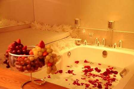 Como si fuera la primera vez tips que no fallan para revivir la llama del amor como - Como hacer una cama de hotel ...