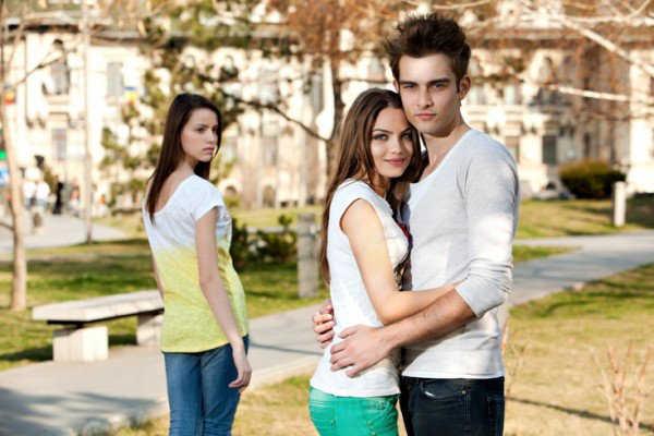 Los celos nunca benefician una relación
